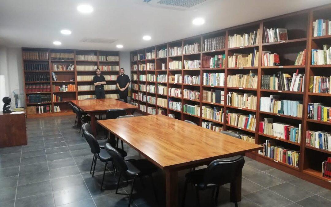 Biblioteca del Seminario Redemptoris Mater de Luanda-Angola