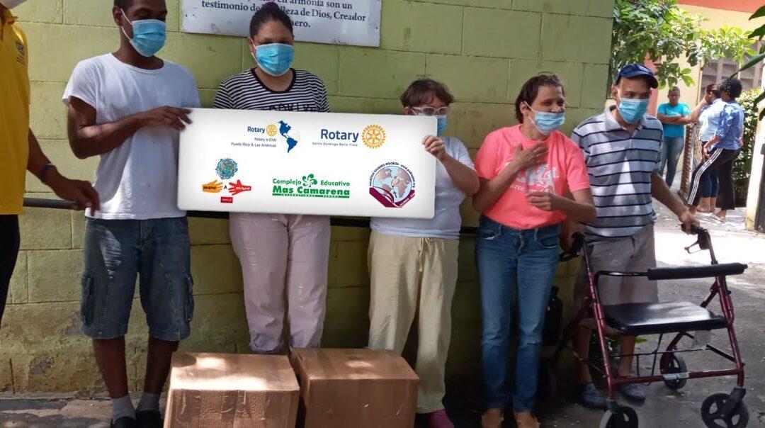 Llegan los libros a Santo Domingo, República Dominicana gestionados por los Rotaris